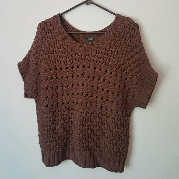 Apt. 9 Sweaters - Short sleeved heavy sweater